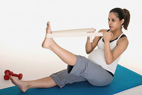 Stretching_Exercises_During_Pregnancy
